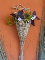petit vase mural en troène et lianes de lierre