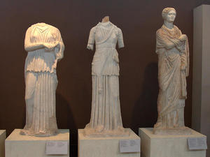 799px-Archaeological_Museum_of_Thessaloniki,_Greece_(8727800119)