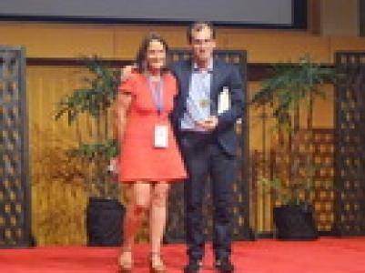 Alejandro Cabezas-Cruz, Prix commémoratif Odile Bain